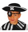 Gorro pirata infantil fabricado en fieltro.